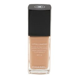 Chanel Make-up pro mladší a odpočatý vzhled Vitalumiére (Satin Smoothing Fluid Make-up SPF 15) 30 ml 20 Clair